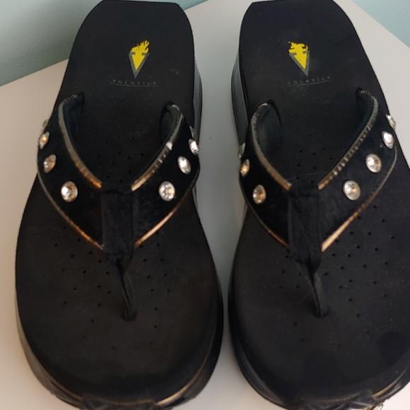 Volatile black sandals with rhinestones